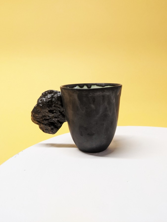 Black mountain cup